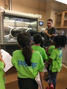 USC Lab tours1